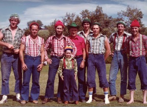 Jube Wickheim (centre, in red shirt and cowboy hat) with his timber show