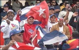 WBC.2006.CubanFans2