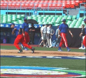 Cuban players practise