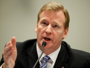 This year, before the NFL settled with ex-players for US$765-million, commissioner Roger Goodell went on Face the Nation and again refused to admit any link between football and concussions | Chip Somodevilla/Getty Images