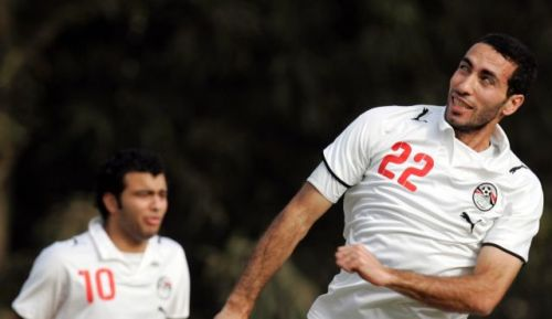 Mohammed Aboutrika (right)