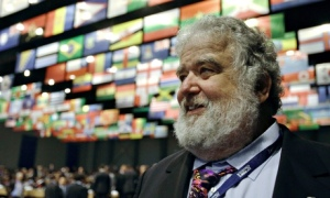 Chuck Blazer turned informer after the FBI gave him a dossier alleging failure to pay tax on huge sums of income | Peter Kohalmi/AFP/Getty Images
