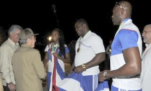 2014.12.1.bienvenidos cuban athletes