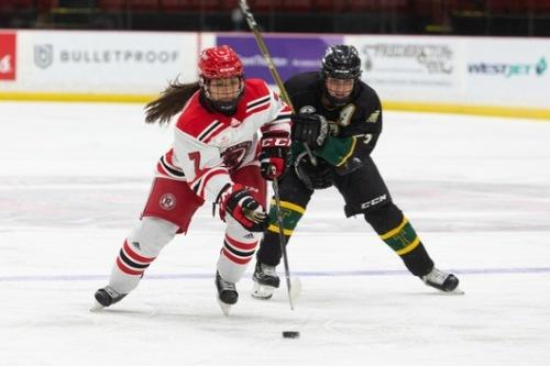 UNB Women's hockey.2